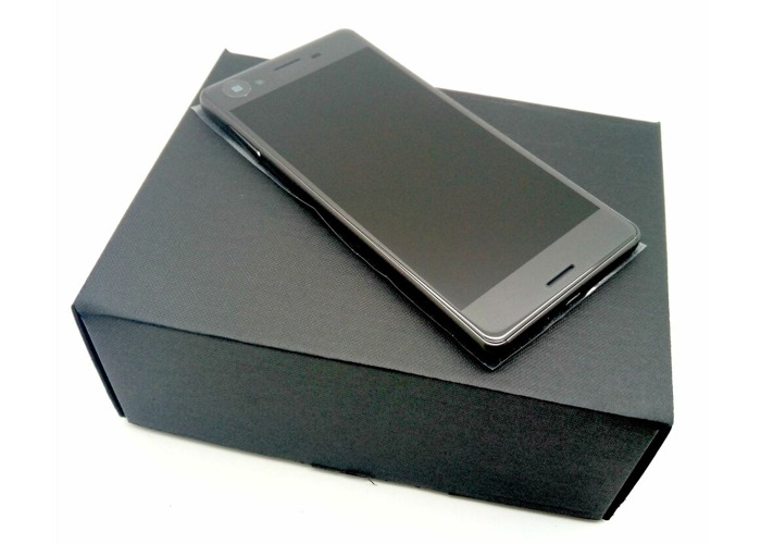 BRAND NEW SONY XPERIA X F5121 - 4G - 32GB - BLACK - UNLOCKED - 1