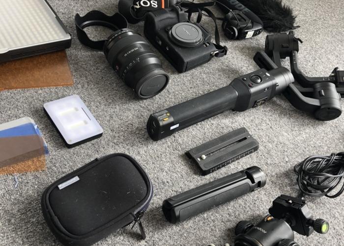 [Bundle] Sony A7III + 24mm F1.4 Lens + DJI Ronin-S + LEDs  - 2