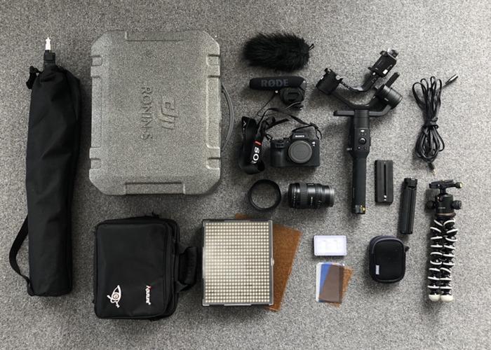 [Bundle] Sony A7III + 24mm F1.4 Lens + DJI Ronin-S + LEDs  - 1