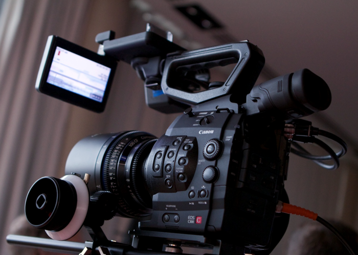 C300 camera operator with kit - 1