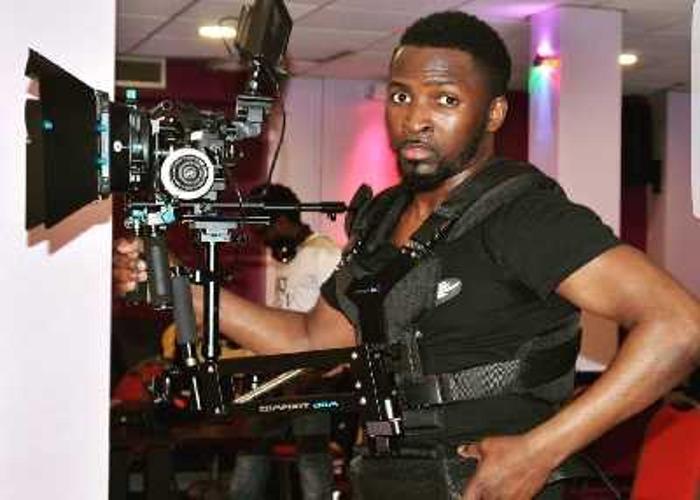 Camera man / steadycam operator  - 1