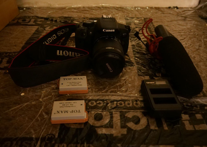 Cannon 700d with 2 battery and rod mic - 2