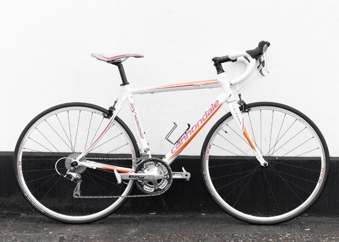Women's Road Bike 54' Cannondale Synapse  - 1