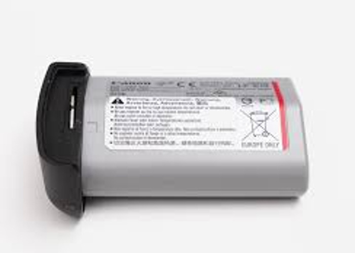 Canon 1 DX MARK II Battery + charger  - 1