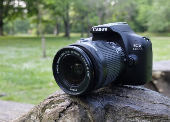 Canon 1300D Photography Kit - 1