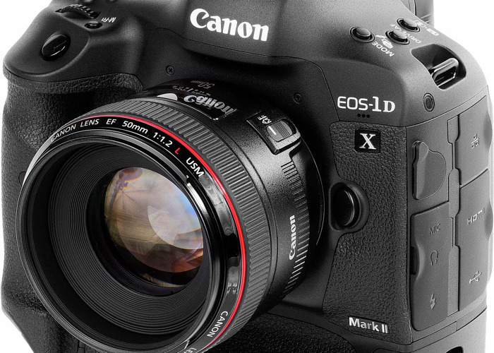 Rent Canon 1DX MK2 / Mark 11 / mark 2 Camera + Cannon 24-105 lens + C-fast  card + C-Fast card reader + 2 battery + Tripod in London