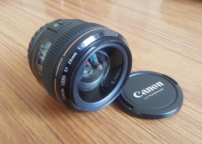 Canon 28mm f/1.8 - 1