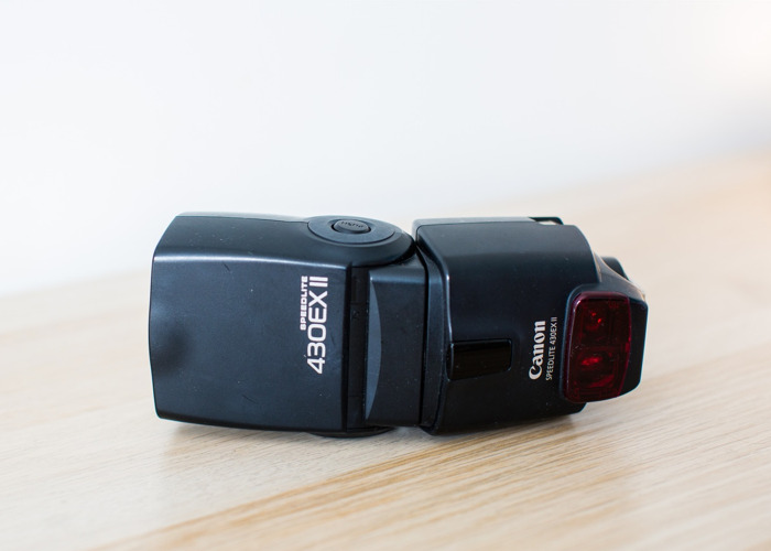 Canon 430 EX II Speedlite Flash - 2