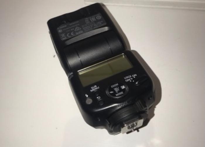 Canon 430EX III - RT Speedlite - 2