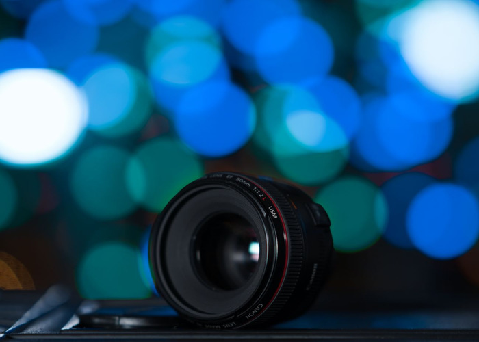 Canon 50mm F/1.2 Lens - The latest version - 1