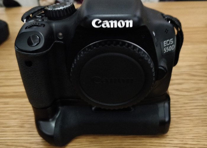 Canon 550d body only  - 1
