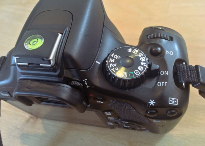 Canon 550d Dslr Camera - 2