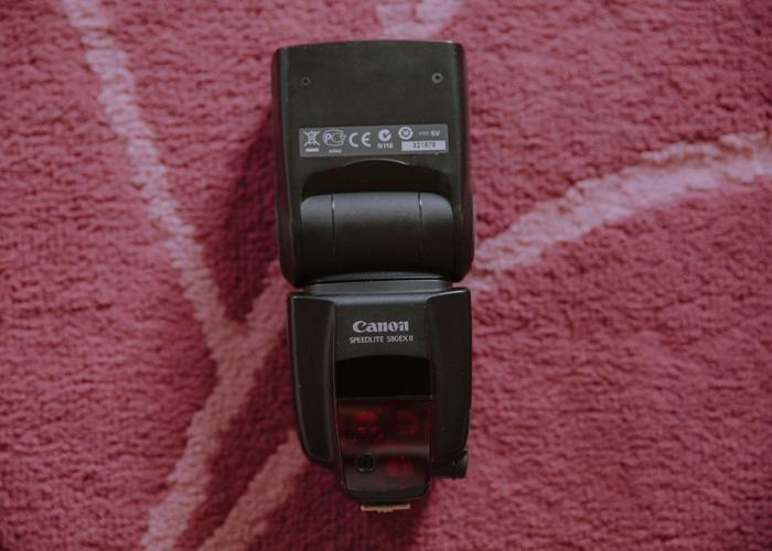 Canon 580EX II Speedlite Flash Unit - 1