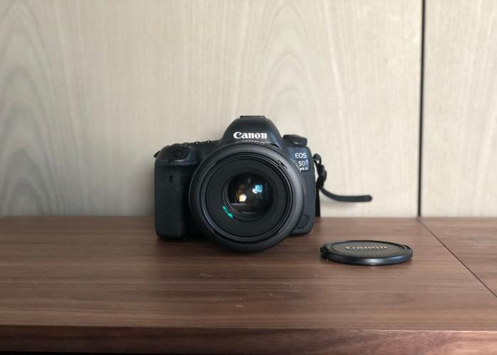 Canon 5D IV 4 + Canon 50mm 1.2L i - 1