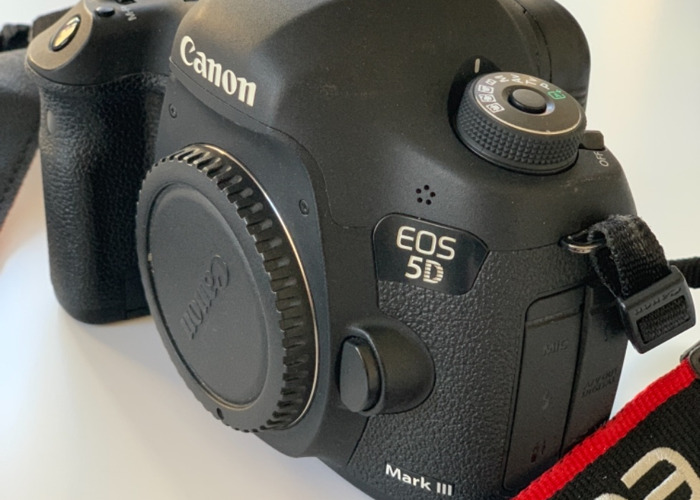 Canon 5D mark 3 plus 2 tele lenses - 1