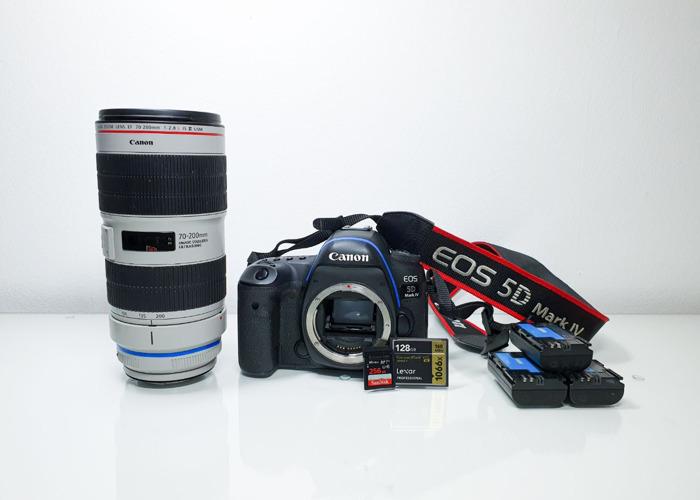 Canon 5D mark 4 camera + EF 70-200mm f/2.8L IS III USM - 1