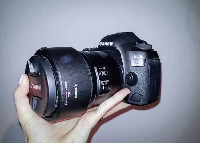 Canon 5D mark 4 IV 85mm IS 1.4 F Lens  - 2