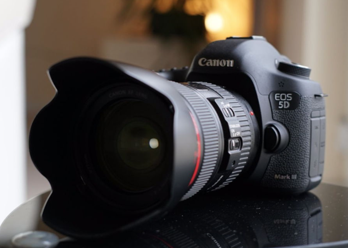 CANON 5D MARK III  (BODY ONLY) - 1