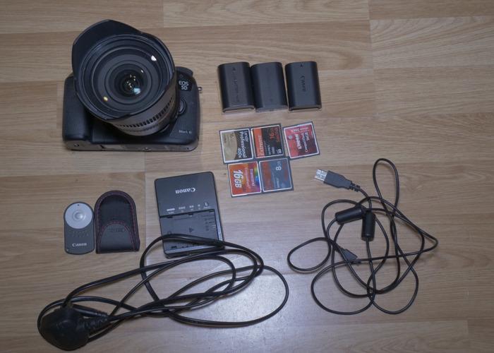 Canon 5D Mark iii + Tamron 24-70mm - 1
