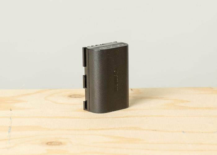 canon 5d-mark-iii-body-plus-battery-29608893.jpg