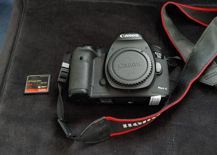 Canon 5d Mark iii with 64GB CF Card  - 1