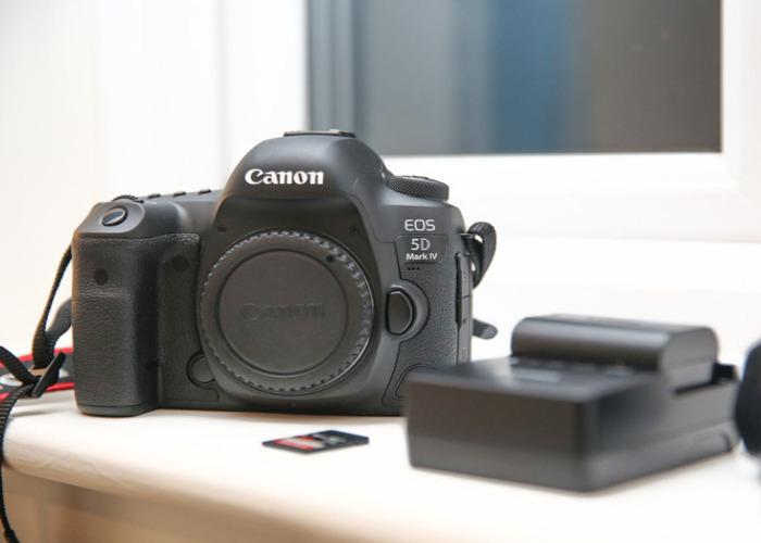 Canon 5D Mark IV 4 - Camera Body  - 2