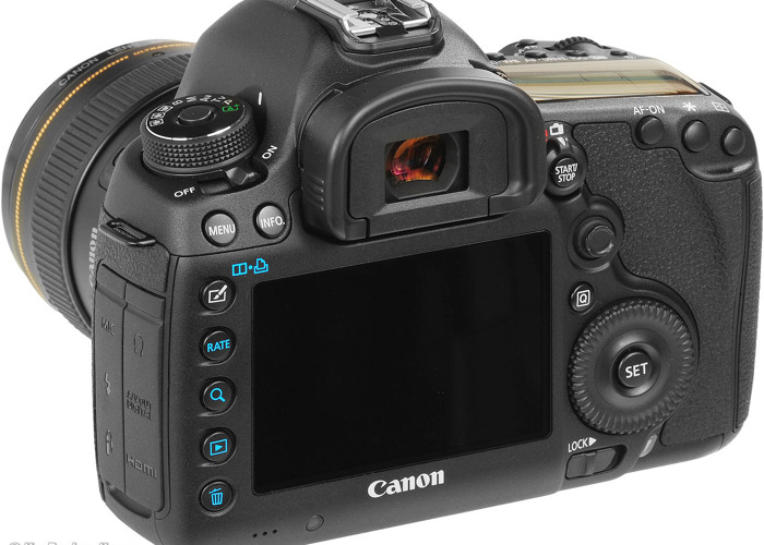 Canon 5d markiii with 24-70mm Lenses - 2