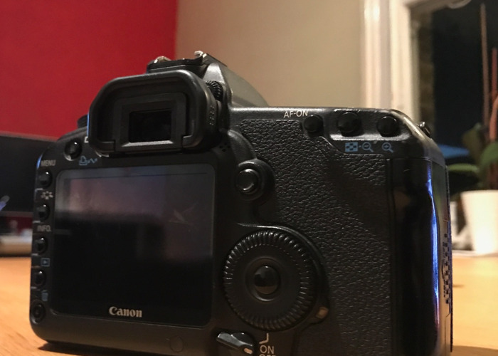Canon 5D MK II (Body Only) - 2