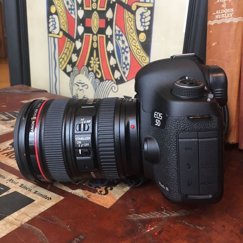 Canon 5D Mk III Camera with Canon EF 24-105 f/4L IS USM AF Lens - 2