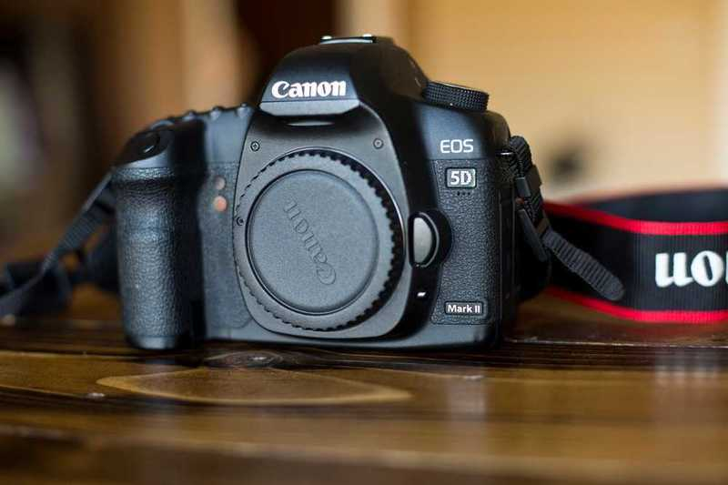Canon 5D MKii Camera (Body Only) - 1
