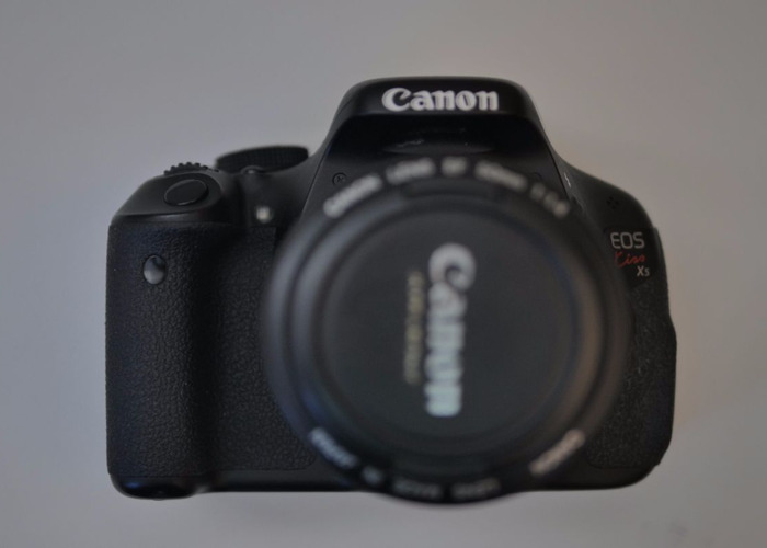 Canon 600D/T3i (Lens no included)  - 1