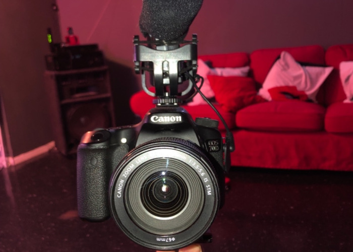 Canon 70D with Movo VXR4000Pro mic & Neewer Stabilizer - 1