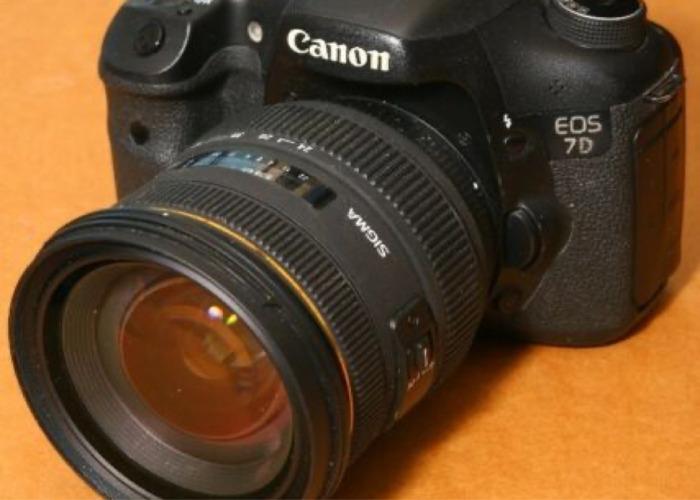 Canon 7D Camera - 1