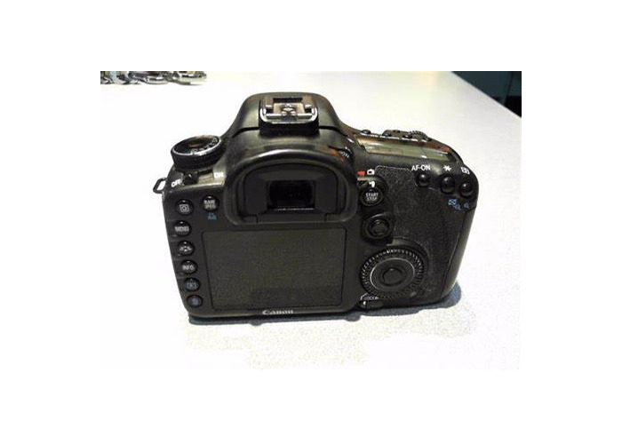 Canon 7d w. 18-135mm lens and 50mm 1.8 lens - 1