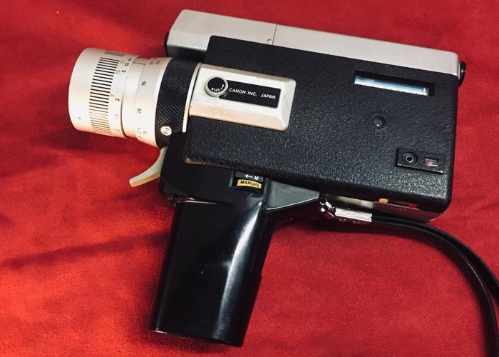 Canon Auto Zoom 518 Super8 Camera - 1