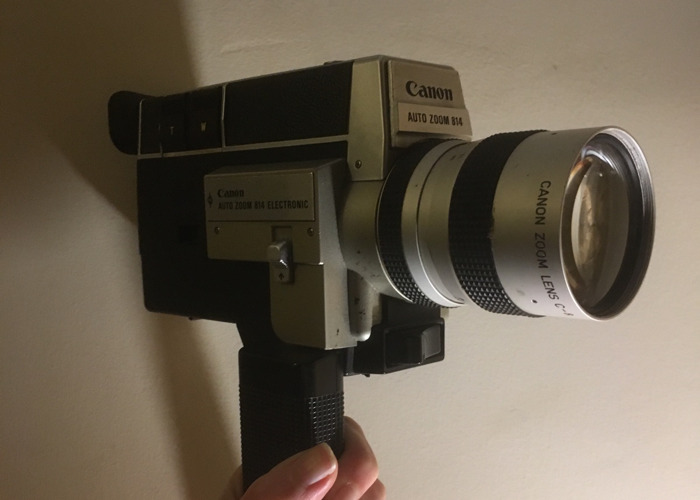 Canon Auto Zoom 814 Super 8 Camera - 1