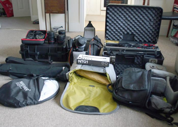 Canon C100 Mark II + Full Shooting Kit Lights etc. Perfect for docs, weddings, films - 2