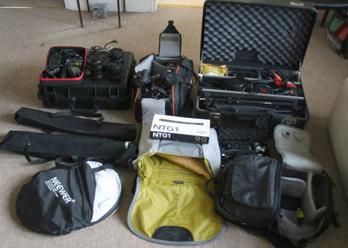 Canon C100 Mark II + Full Shooting Kit Lights etc. Perfect for docs, weddings, films - 1