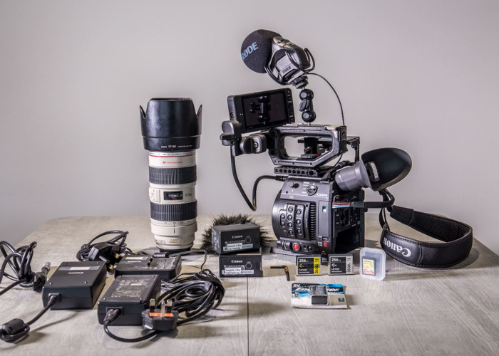 Canon C200 with 1.5TB CFAST (3h raw recording), tripod, and Microphone - 1