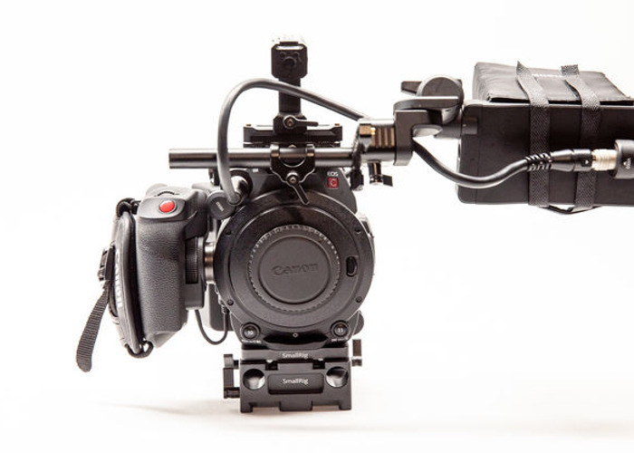 Rent Canon C200 with cage , V-mount , 512gb C-fast , Rods in Los Angeles