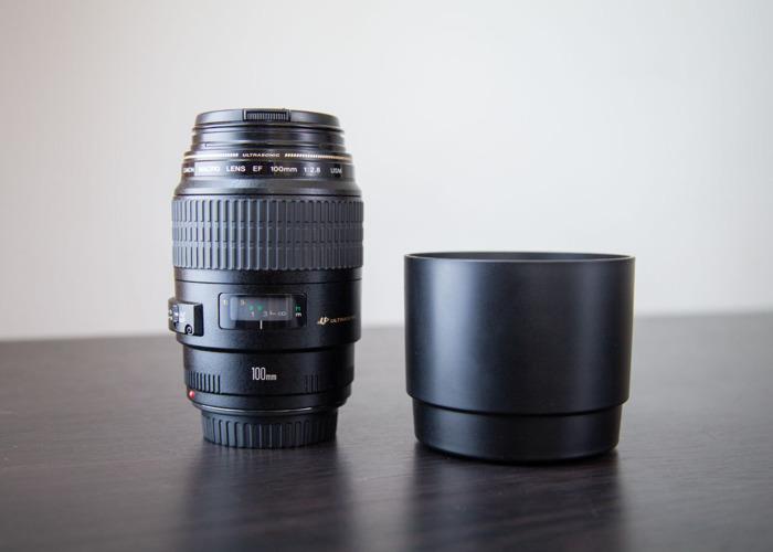 Canon EF 100mm f/2.8 USM Macro - 1