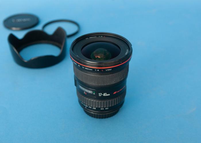 Canon EF 17-40 f4 Lens - 1