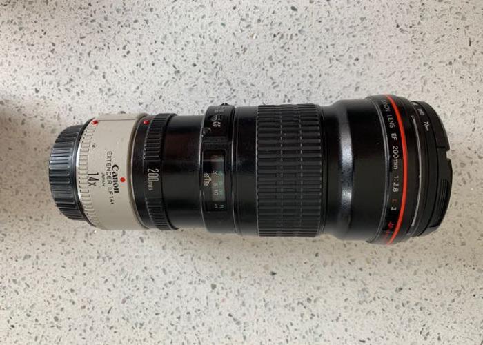 Canon ef 200mm f2.8 l usm lens & 1.4 extender  - 1