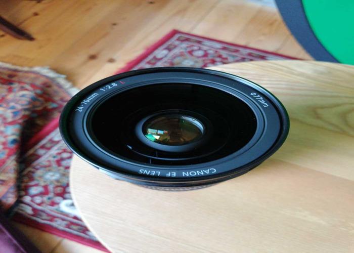 Canon EF 24-70mm Zoom Lens f/2.8 + UV Filter - 2