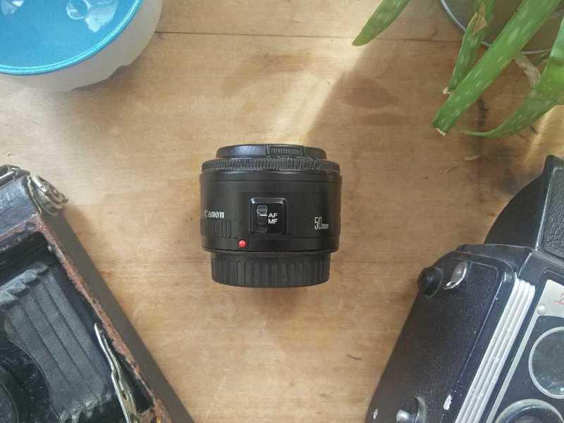 canon ef-50-mm-18-lens-43903249.jpg