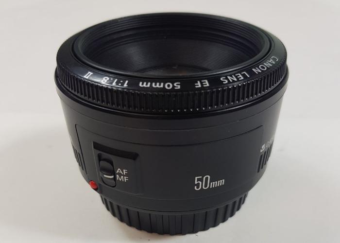 Canon EF 50 mm f/1.8 II Lens - 1