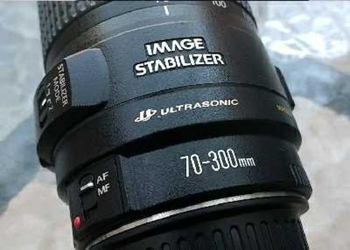 canon ef-70300mm-f456-is-usm-lens-74299122.jpg