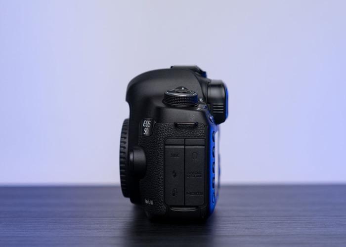 Canon EOS 5D Mark iii - 2