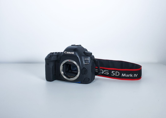 Canon EOS 5D Mark IV DSLR Camera (Body Only) - 1
