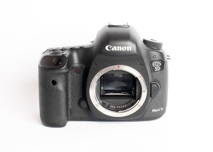 Canon EOS 5Diii (Body Only) - 1